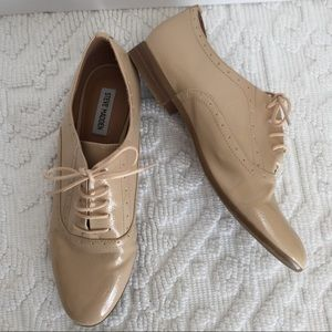 Steve Madden Tipiee Nude Patent Oxford 10M